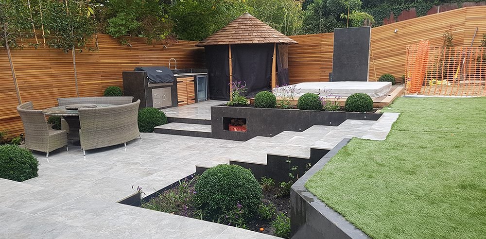 Know the benefits of getting the experts for landscaping in reigate