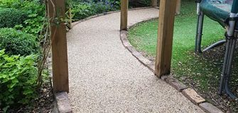 3 Reasons to hire driveway installers instead of trying a DIY